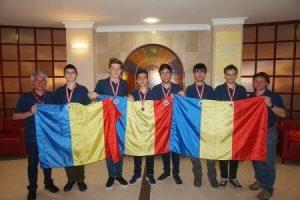 Elevii români au obținut șase medalii la Olimpiada Balcanică de Matematică