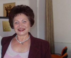 Profesorul Maria Stoica - între modern și firescul tradiției
