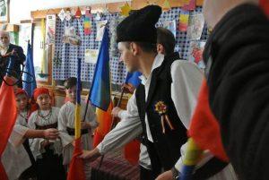 Ceremonial religios, marș și program artistic, de Ziua României, la Zăbala