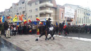 Calul care a îngenuncheat în faţa statuii voievodului Mihai Viteazul, vedeta manifestărilor de 24 ianuarie