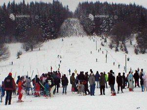 Condiţii excelente de schi pe patru pârtii din judeţ