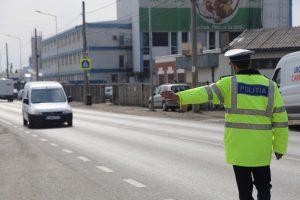 Infracțiuni la regimul circulației constatate de polițiști și evenimente rutiere înregistrate la sfârșit de săptămână