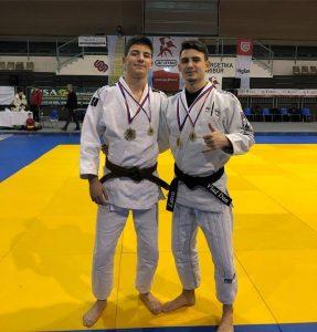 4 medalii de aur pentru sportivii CSM Sfântu Gheorghe, la Arte Marțiale