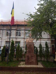 """Lucrări de reabilitare a Școlii Gimnaziale """"Avram Iancu"""" din Covasna efectuate în cadrul unui proiect de colaborare internațională"""