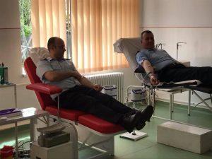 Donează sânge! Salvează o viață! Fii erou!