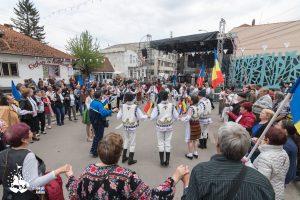 ZILELE SFÂNTU GHEORGHE 2019:  Artiștii au făcut o adevărată demonstație de măiestrie în fața spectatorilor însetați de frumusețea folclorului românesc
