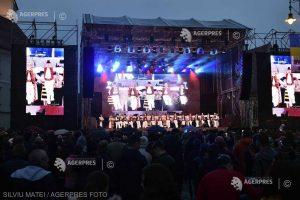 """REPORTAJ Sibiul în ziua Summitului - un """"Revelion'' în stil european, cu stelele de pe steagul UE în loc de artificii"""