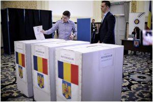 Alegeri europarlamentare 2019 | 15,06% dintre români au votat la europarlamentare, până la ora 12.00/ Participarea depăşeşte prezenţa din 2014/ La referendum prezenţa e de 12,16%