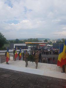 """Ceremonii militare si religioase în Județul Covasna, cu ocazia celebrării Zilei Eroilor """" În această zi, îmi doresc ca fiecare să-și îndrepte gândurile către cei care și-au dat viața pentru că națiunea română să rămână puternică și demnă."""""""