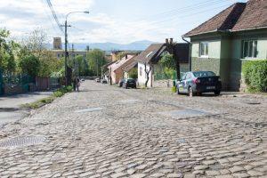 Continuă lucrările de modernizare a străzilor din Sfântu Gheorghe