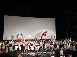 Ansamblul Junii Covăsneni a reprezentat județul Covasna la Festivalul Internațional de Folclor, în Muntenegru