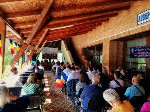 Românii din comunităţile istorice, la hramul mănăstirii de la Izvoru Mureşului