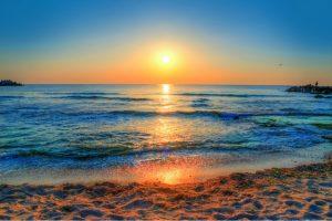 Relaxare pe litoralul românesc! TOP 4 ponturi pentru o vacanță cu bani puțini!