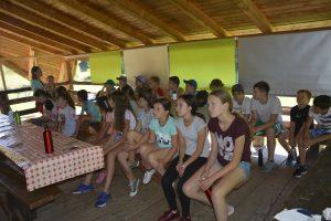 """Tabără de educație ecologică, găzduită de Centrul de Agrement """"Csipkés"""" Zăbala"""