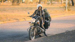 Anne-France Dautheville, prima femeie care a făcut turul lumii solo pe motocicletă: Călătoria se construieşte de la sine, pe parcurs