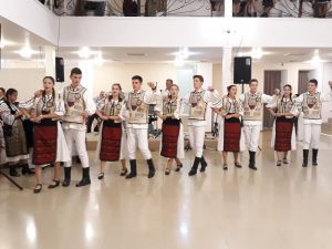 DIN NOU ÎMPREUNĂ -În acest an Fundația Mihai Viteazul organizează pentru a cincea oară Balul Costumului popular.