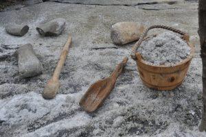 Arheologii de la MNCR, la Ziua Porţilor Deschise la Situl arheologic Beclean - Băile Figa