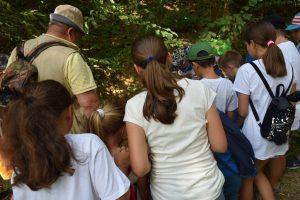 """Traseu cu tiroliana și """"căutare de comori"""", ultimele activități din vacanța de vară a tinerilor """"GRIT"""""""