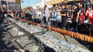 Kürtőskalács de 14 metri, la Festivalul deliciilor dulci de la Sfântu Gheorghe