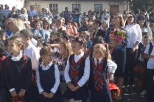 Anul școlar începe, astăzi, pentru aproximativ 31.500 de copii din județul Covasna