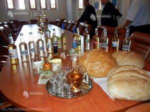 """""""Competiţia pălincilor'' de la Sfântu Gheorghe îşi propune să ridice nivelul de calitate al băuturilor din zonă"""