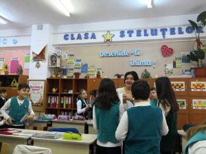 Reglementarea numărului de ore la clasă şi soluţionarea problemei violenţei psihologice - bullying, proiect adoptat de Senat