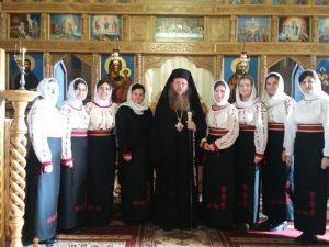 """Sub semnul bogăției sufletești.      P. S. Andrei la Parohia """"Pogorârea Duhului Sfânt"""" din Târgu Secuiesc"""