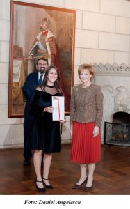 """Violonista Hoos Hanna-Denise, distinsă cu nivelul de """"Aur"""" în cadrul programului """"The Duke of Edinburgh's International Award (DofE)"""""""