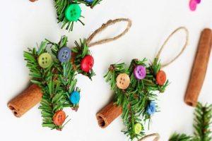 """Atelier de creație cu titlul """"Decorațiuni de Crăciun"""", la CNMV"""