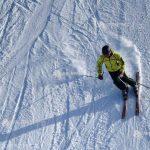 Pârtia de schi de la Valea Mare - funcţională; pârtia de la Şugaş Băi - deschisă din 2 ianuarie