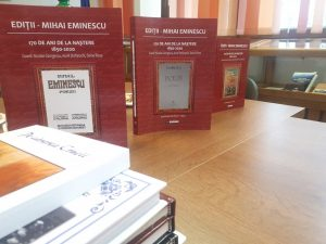 """Donaţie de carte, de Ziua Culturii Naţionale, pentru noua bibliotecă publică """"Nicolae Colan"""