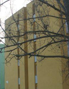 Şase familii evacuate din complexul de locuinţe sociale din Lunca Oltului; urmează alte zeci