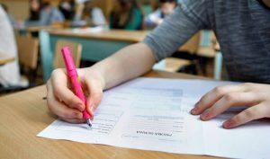 MEC a publicat teste pentru pregătirea elevilor care vor susţine examenele naţionale