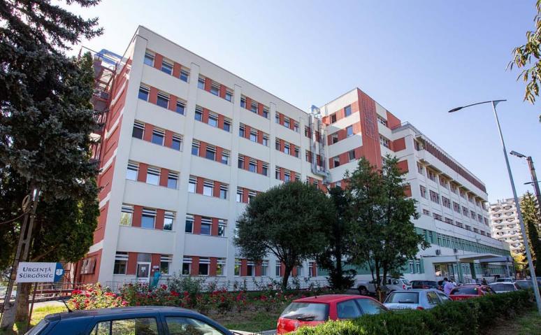 Trei persoane diagnosticate cu COVID-19 după vaccinarea cu prima doză, internate la Spitalul Judeţean