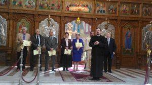 """Cinci persoane, distinse cu titlul """"Cetăţean de onoare al comunităţii româneşti"""";ceremonia, amânată din cauza pandemiei"""