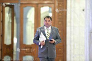 Proiect pentru impozitarea cu 90% a pensiilor speciale de peste 3.500 de lei, depus de USR