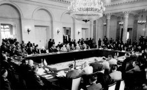 FRAGMENT DE ISTORIE: Semnarea Tratatului de la Varşovia (14 mai 1955)