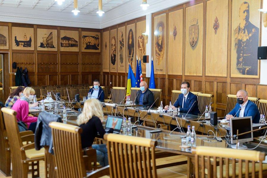 UPDATE. Au fost reluate lucrările de modernizare a DJ 121A Boroşneu Mare-Întorsura Buzăului, investiţie de 27 milioane de lei