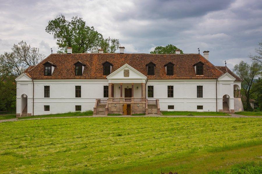 Proprietarul castelului Kálnoky se reorientează către turiştii autohtoni: Este o oportunitate de a vă descoperi propria ţară