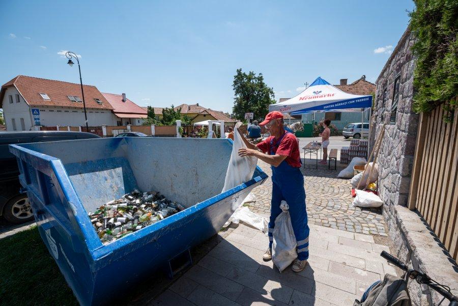 Aproape 50 de tone de sticlă au fost colectate de TEGA SA, în decurs de două zile
