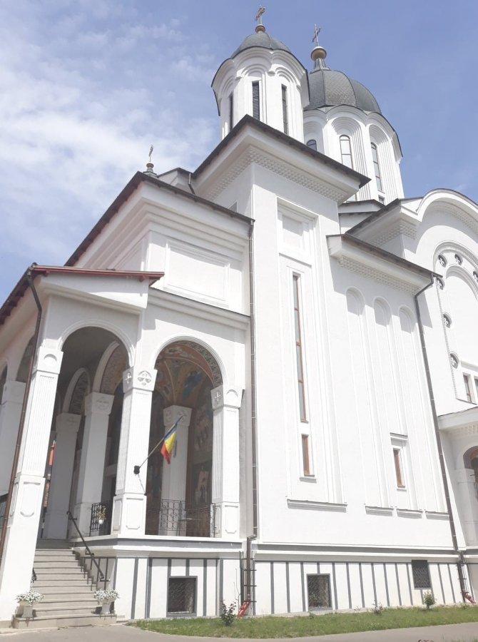 PAGINI REGĂSITE:Înălțătoarea solemnitate a punerii pietrei fundamentale a bisericii catedrale ortodoxe române din orașul Sf. Gheorghe - 20 Septembrie 1939, de Eugen Sibianu