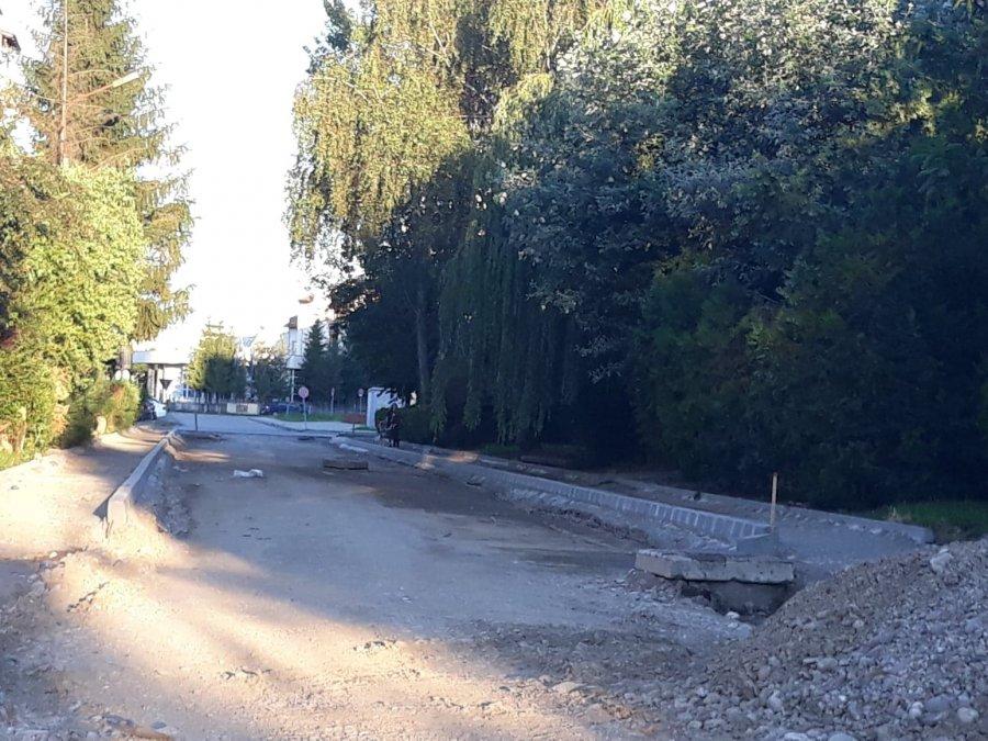 Apel către locuitori: lucrări pe strada Crângului!