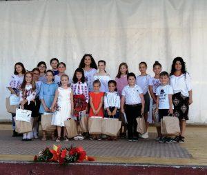 De Ziua Limbii Române, mlădițele cu rădăcini străbune românești ale Covasnei au fost premiate