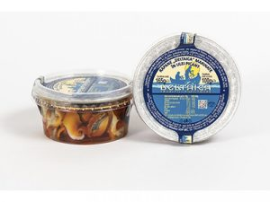 Rapane capturate din Marea Neagra marinate in usturoi: un gust inegalabil