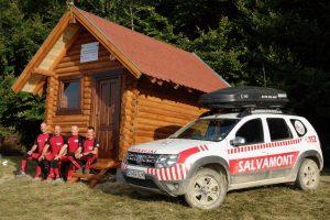 Încă două refugii montane pentru turişti, finalizate de Salvamont.