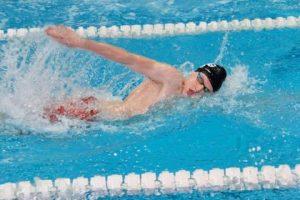 Înotătorul András Barabás a obținut trei noi recorduri personalela Campionatul Național
