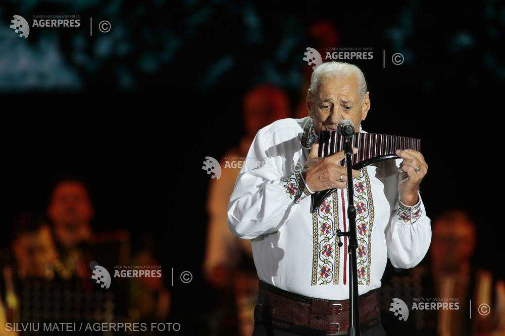 DOCUMENTAR: Maestrul naiului, Gheorghe Zamfir, împlineşte 80 de ani (6 aprilie)