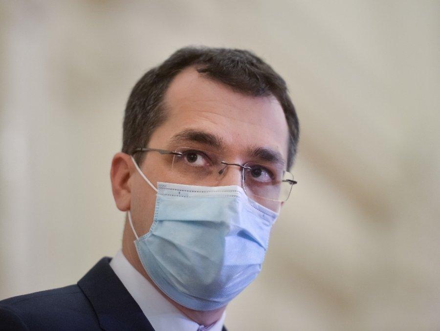 Premierul Cîţu l-a revocat din funcţie pe ministrul Sănătăţii, Vlad Voiculescu; vicepremierul Barna, interimar laMinisterul Sănătăţii