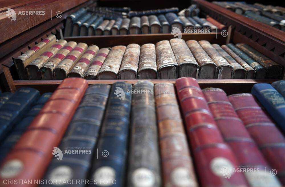 Covasna: 500 de volume de istorie, cultură şi spiritualitate românescă pot fi accesate în Biblioteca digitală Eurocarpatica