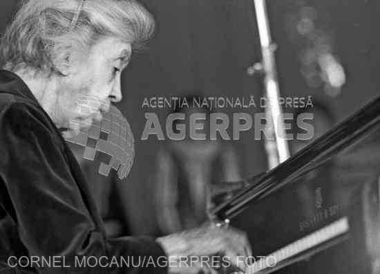 O PERSONALITATE PE ZI: Prozatoarea şi pianista Cella Delavrancea